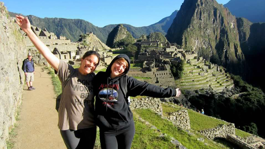 two female students abroad